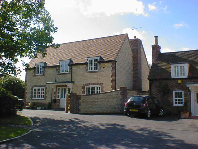 New dwelling house part of pub conversion oxfordshire